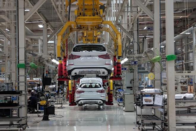Utility vehicles may be racing ahead of hatchbacks